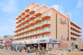 The Paradise Plaza Inn On Oceanfront And Boardwalk Is Best Lodging Choice For Your Ocean City Getaway We Are Pet Friendly Oct 1 May 15